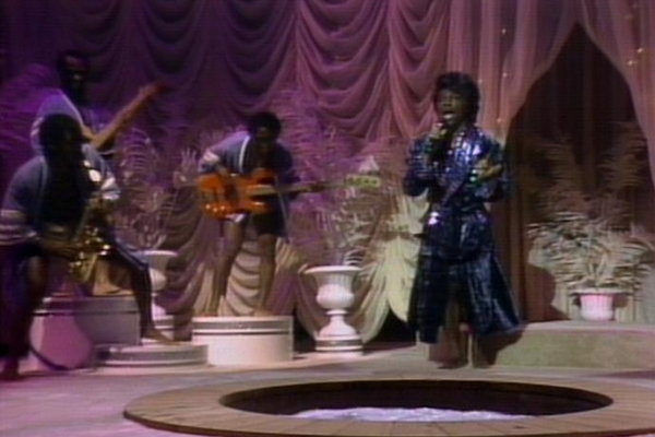 James Brown's Celebrity Hot Tub Party - SNL - YouTube