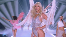 Watch The Victoria S Secret Fashion Show Holiday Special Streaming